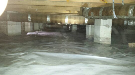 remove moisture from crawl space